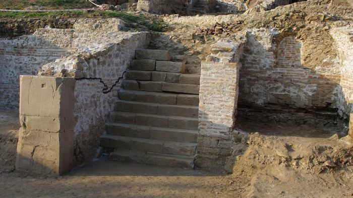 1360_ancient_town_herakleya_sintika